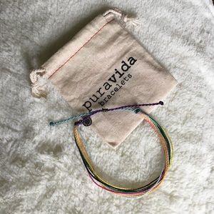 FREE IN BUNDLE✖️NEW Multi-Color Pura Vida Bracelet